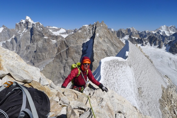 hitting-the-ridge-crest-on-james-peak